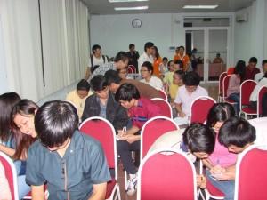 vuot-qua-cac-cam-bay-trong-khoi-nghiep-31-05-2012-6-300x225
