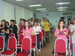 vuot-qua-cac-cam-bay-trong-khoi-nghiep-31-05-2012-7-300x225