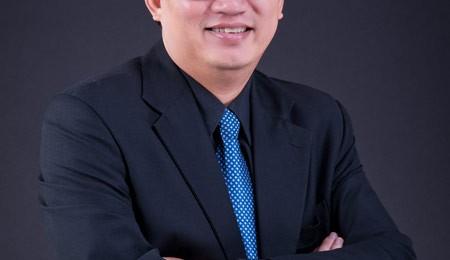 """TS. Nguyễn Tuấn Quỳnh -Khách Mời Của Chuỗi Hội Thảo """"Sinh ra để giàu có"""""""