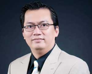 Nguyễn Tuấn Quỳnh: Sống Ở Thế Chủ Động