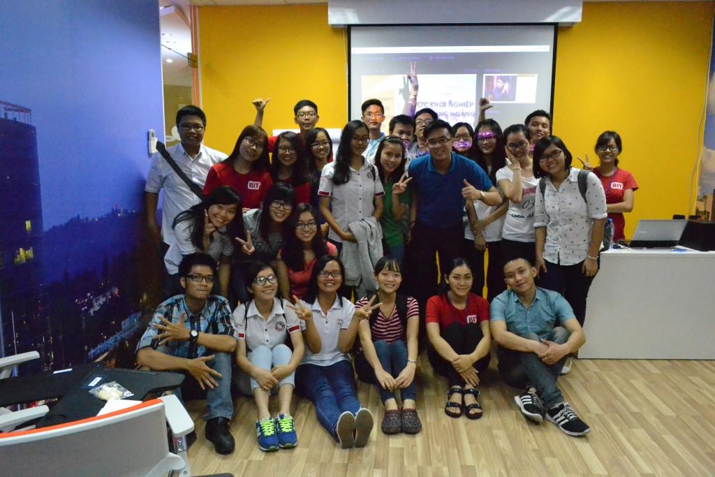 YUP _ Cuộc thi Tìm kiếm Ý tưởng Kinh doanh vì cộng đồng CBC 2015 (9)