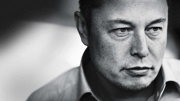 Doanh nhân đặc biệt Elon Musk trong năm 2016