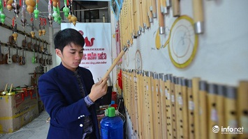 Chàng trai tay trắng khởi nghiệp từ niềm đam mê sáo trúc