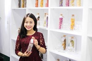 Cô gái 9x muốn mang trà hoa Việt ra thế giới
