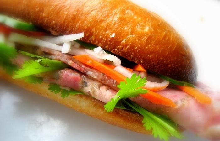 Anh chàng 9X Hồ Đức Hải - ông chủ của thương hiệu Bánh Mì Má Hải đã thành công từ những điều rất giản dị.